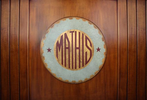 Bar design - Logo del bar Mathis