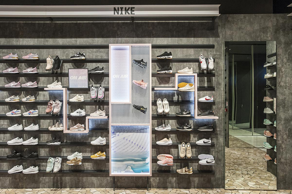 CISALFA-FOOTWEAR-WALL-RETAIL-DESIGN