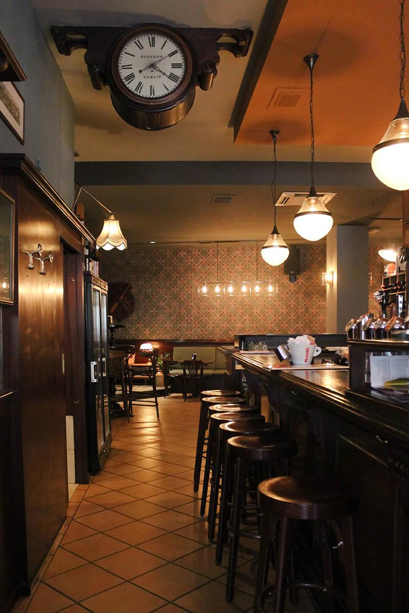 Irish pub Piacenza interior design architetto vanda designers design interni piacenza ristrutturazione